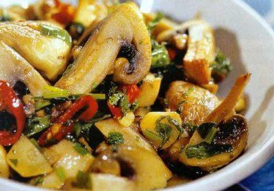 Острый салат из шампиньонов