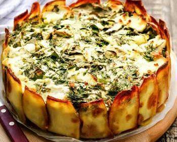 Картофельный пирог с начинкой из зелени