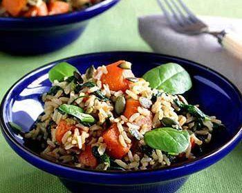 Рис с карамелизованной тыквой и шпинатом