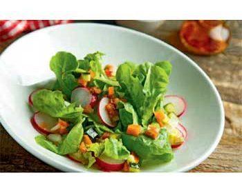 Салат с редисом и тыквой