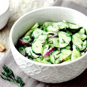 Салат с огурцами и луком