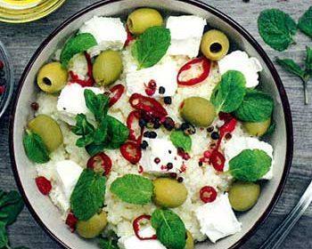 Кускус с фетой и оливками