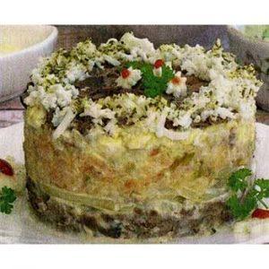 Салат из печени, яблока и яиц «Конкурент»