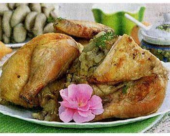 Курица, фаршированная вешенками