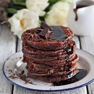 Шоколадные творожные оладушки