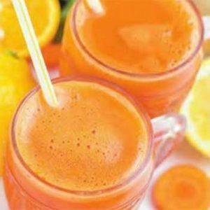Апельсиново-лимонный напиток с морковью