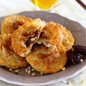 Пирожки с финиками по-ливански
