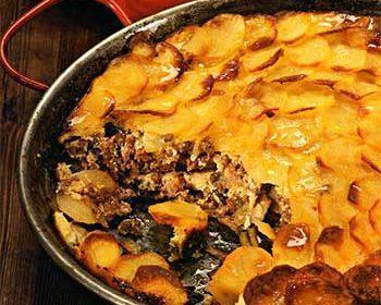 Баранина с баклажанами и картофелем