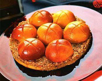 Ореховый пирог с персиками
