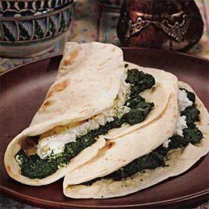 Турецкие лепешки со шпинатом
