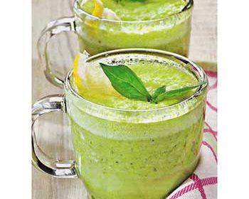 Зеленый суп из горошка
