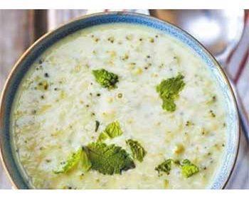 Суп из брокколи с плавленным сыром