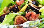 Салат с запеченным инжиром